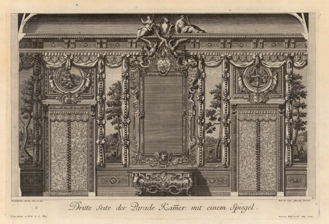 Third side of the Parade room with a mirror.