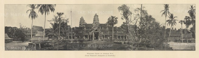 Angkor Wat: Panorama of the western wall of the temple.