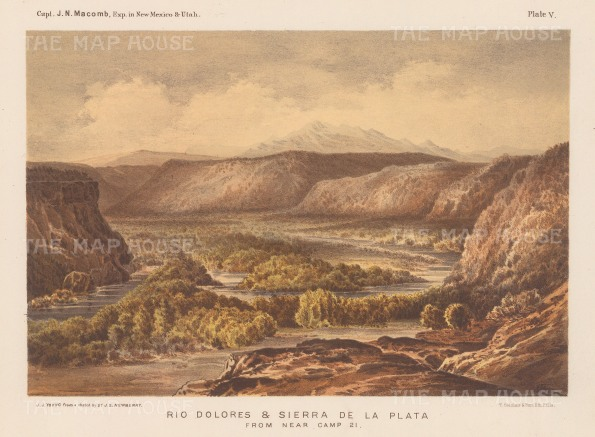Panoramic view over the river towards the Sierra de la Plata.