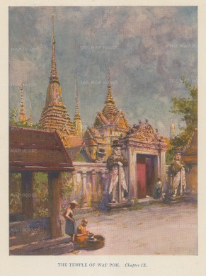 Bangkok: Temple of Wat Poh. View of the entrance.